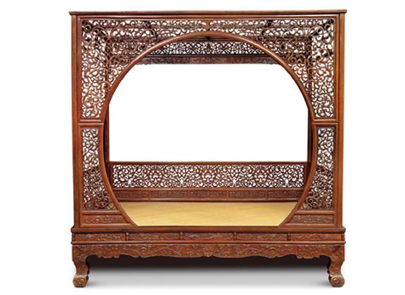 清黄花梨镂雕螭龙纹月洞门罩式架子床--北京翰海拍卖有限公司