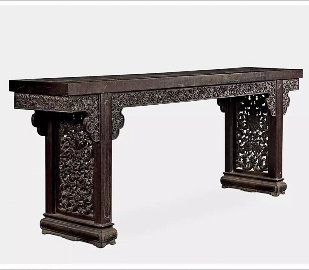 清代紫檀雕西番莲大平头案--中国嘉德国际拍卖有限公司